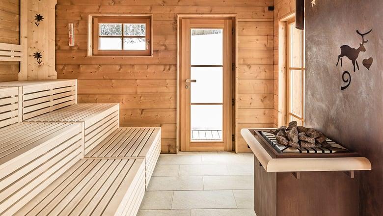 Alpine log sauna
