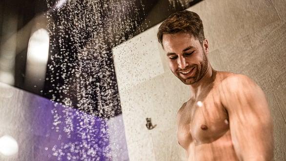 Esperienza unica con doccia Kneipp